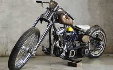 motocicleta antiga customizada